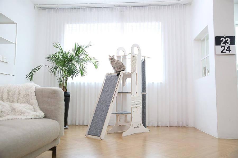 tuft paw milo cat tree